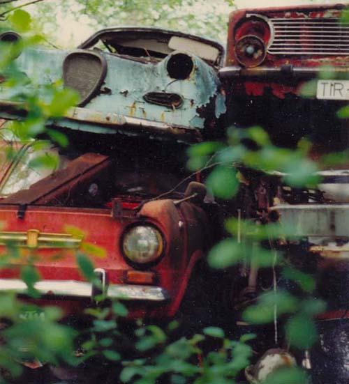 Gogo, Fiat auf Schrottplatz