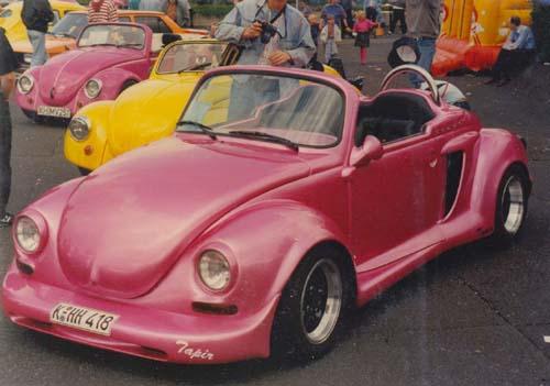 VW Käfer 1303 Cabrio Speedster Tapir pink