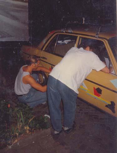 Bekleben eines Fahrzeuges Folieren