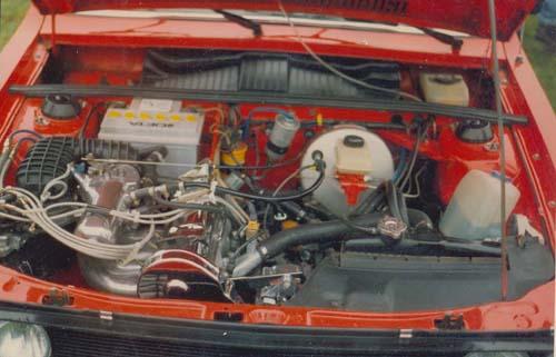 GLI Maschine in VW Passat Chrommodell