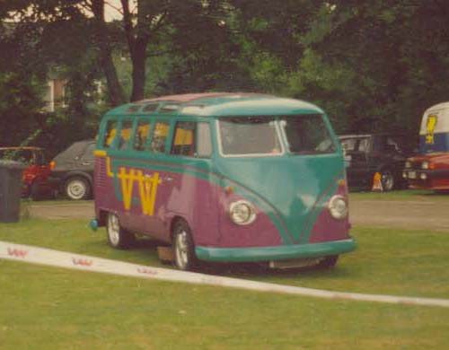 VW Bus T1 Samba Callook