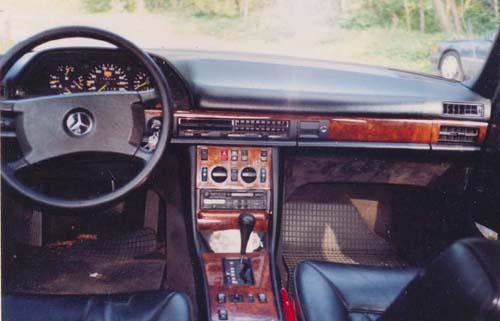 Armaturenbrett Mercedes Benz W126 420SE