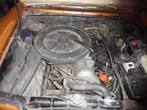 Motor Mercedes Benz /8 W114 230/6