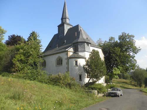 Freistehende Kirche