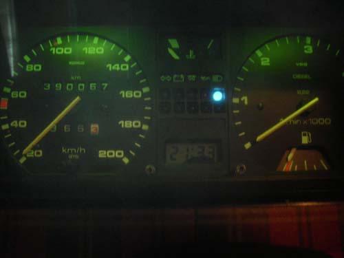 Fernlichtkontrolleuchte VW Passat 32B