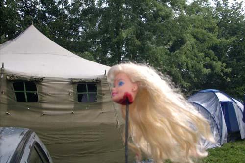 Barbiekopf als Antennenball