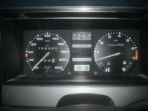 Tacho VW Passat 32B Santana mit Drehzahlmesser DZM