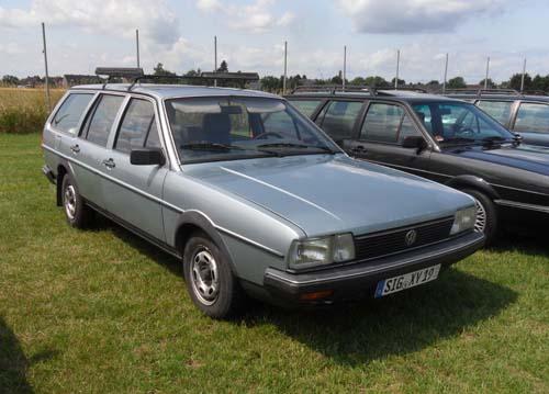 VW Passat 32B Variant