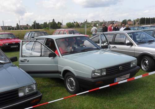 Zivilfahandungsfahrzeug VW Passat