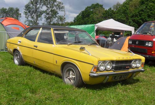 Ford Cortina