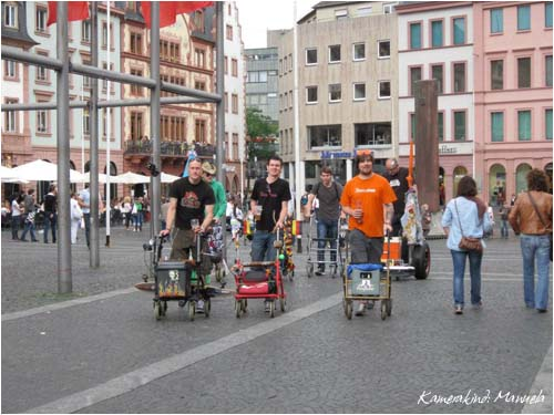 2. internationaler Rollator Flashmob Mainz 2012